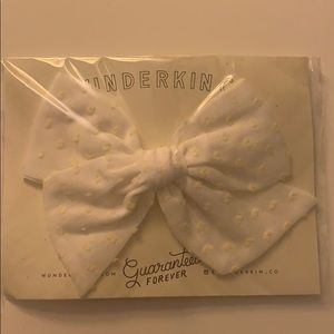 Wunderkin Co. Yellow Dotted White Clip Bow